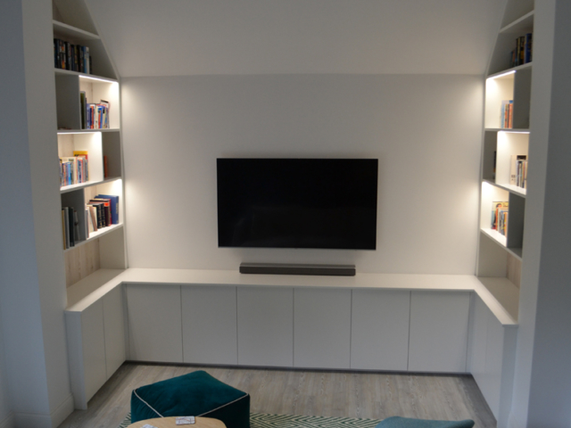 Bespoke-fitted-TV-media-unit