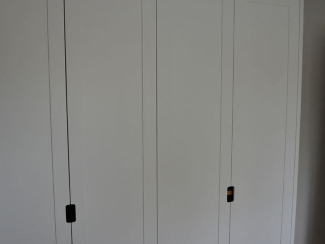Bespoke fitted white wardrobes