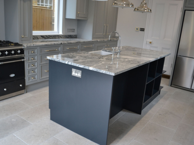 Made to measure fitted kitchens