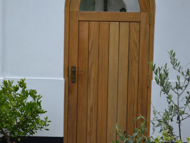 Bespoke oak external side door