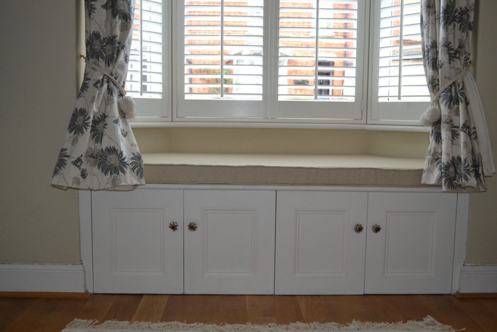 Bespoke fitted alcove seat