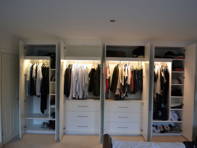 White custom-made fitted wardrobes