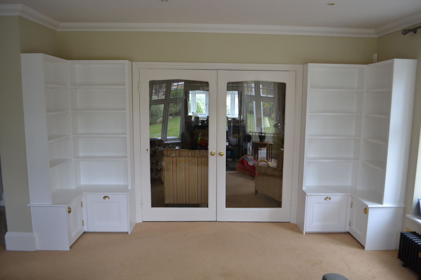 Custom made fitted dining room storage units