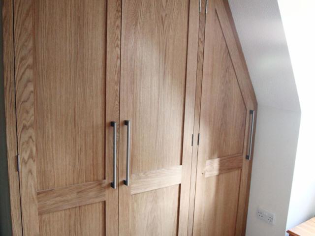 Bespoke oak fitted wardrobes