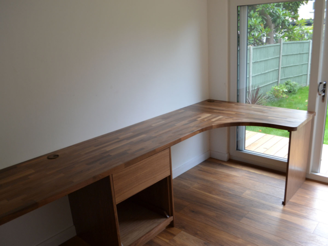 Made to measure fitted office furniture